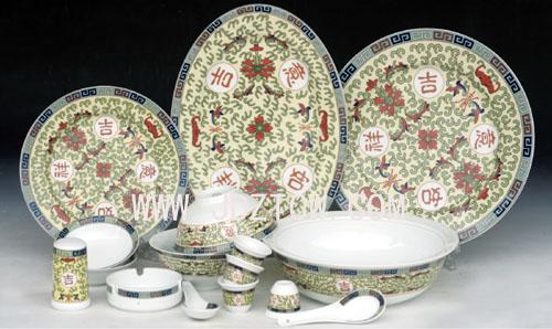 56头釉中彩中餐具《吉祥如意》